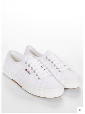 90er Sneakers
